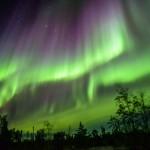 神秘のカーテン「オーロラ」 見れる時期と撮影法